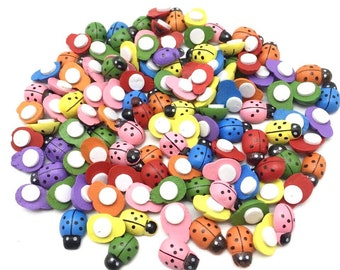 Ladybird wooden embellishments, mixed colour, set of 25