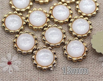 Pearl effect round cabochons, 13mm white