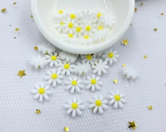 Daisy cabochons, 12mm white flower