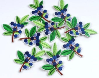 Leaf and berry appliqué