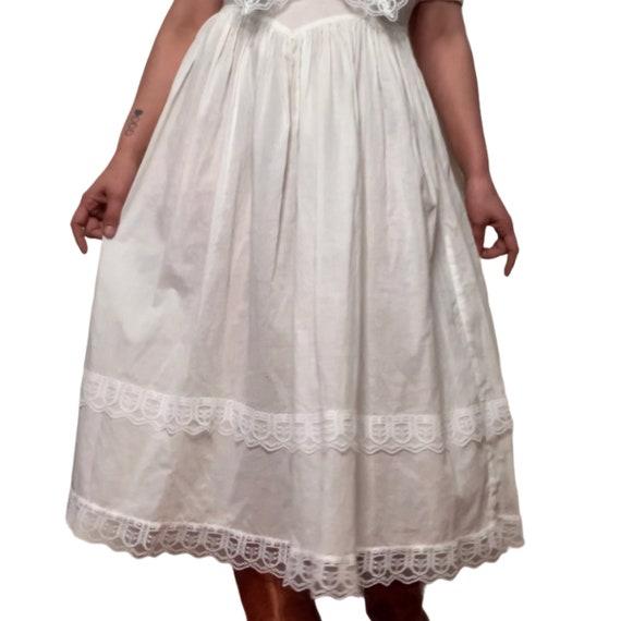 Jessica McClintock Dress, Gunne Sax Prairie Dress… - image 3