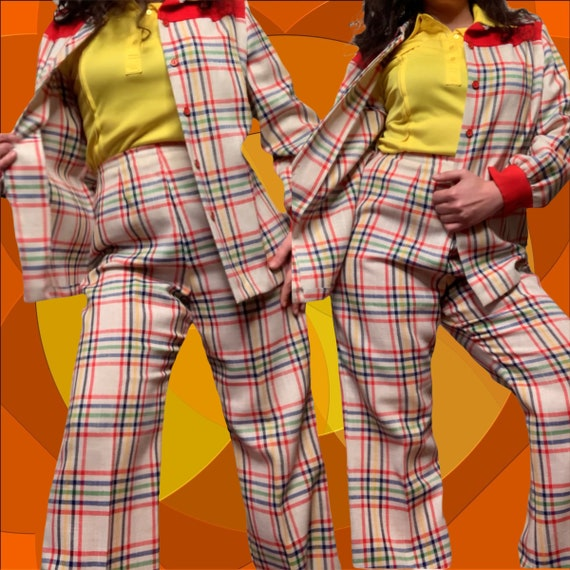 Vintage 1970s Groovy Hippie Disco Pointy Collar Hi