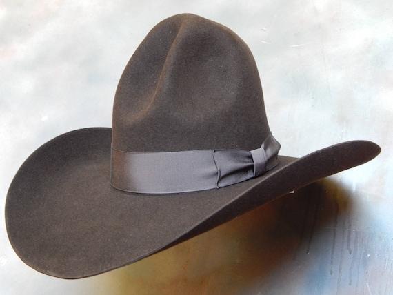 Western Cowboy datant lesbienne sites de rencontres en Afrique du Sud