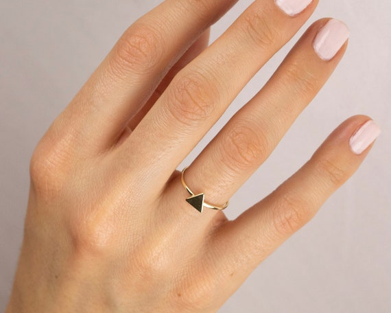 Bridesmaid Gift Stackable Tiny Ring Triangle Stacking Ring Gift for Mom Minimalist Dainty Silver Ring Everyday Jewelry Gift Under 30