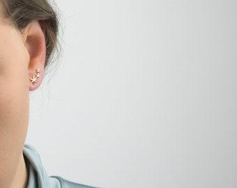 Tiny Star ear climber, Dainty ear climber earrings, Star earrings, Delicate star ear climber, Star gold earrings, Star stud earrings