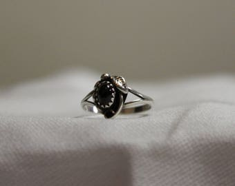 Vintage Sterling Silver Art Nouveau Revival Garnet Ring