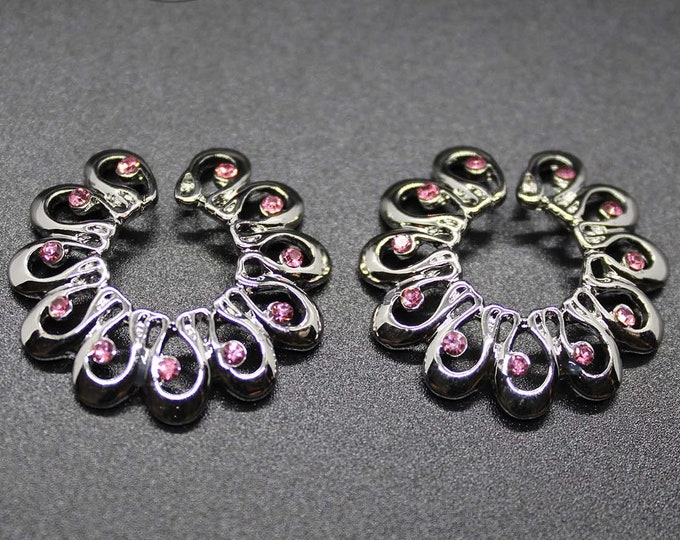 Jeweled Circle Rhinestone Nipple Shields - These non piercing nipple jewelry shields in silver/pink are best suited for medium nipples