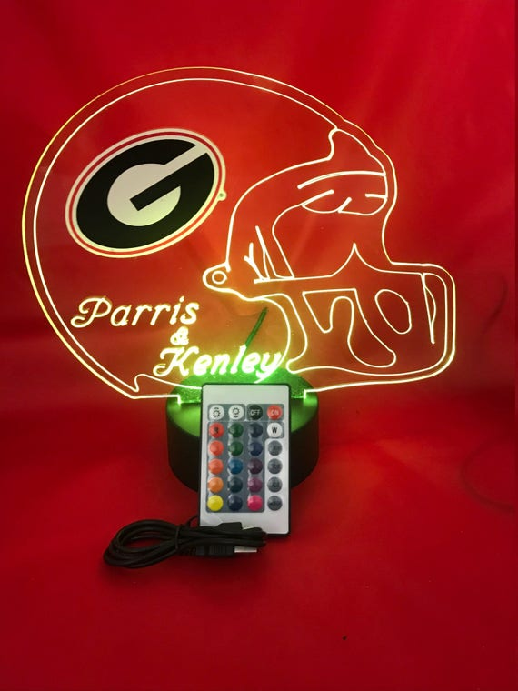 Its Wow Free Engraving Great Gift Alabama Crimson Tide Ncaa College Football Helmet Light Up Lamp University Of Alabama Table Lamp Led Dimmer With Remote 16 Color Options Our Newest Feature Formtech Inc Com
