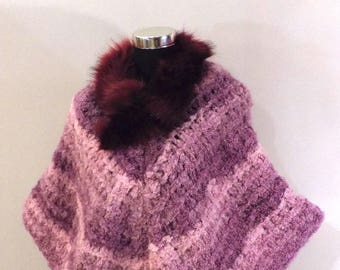 Pink wool Poncho with fur