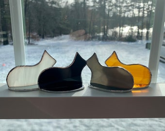 Standing stained glass cat suncatcher ornament
