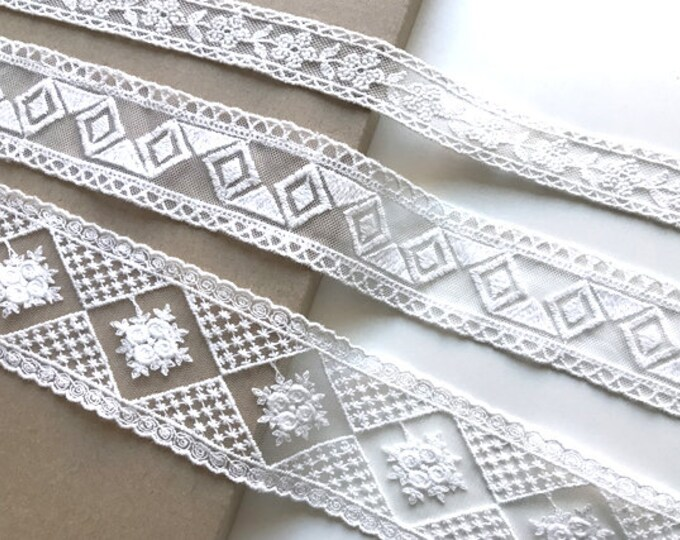 Off White Various Width and Shape Cotton Lace Trim