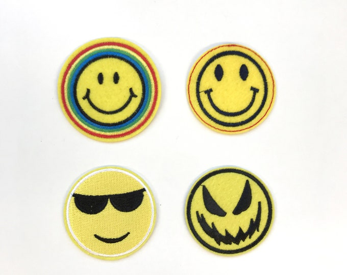 Comic Happy Face Embroidered Applique, Iron or Sew on Patch