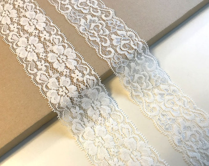 Off white 2 types of stretch lace trim