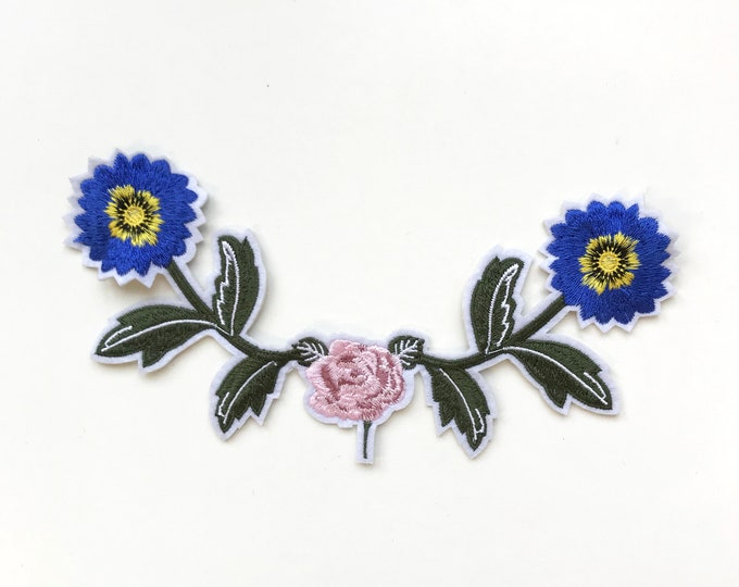Blue Green floral Embroidered Applique Patch (LOC Patch 2)