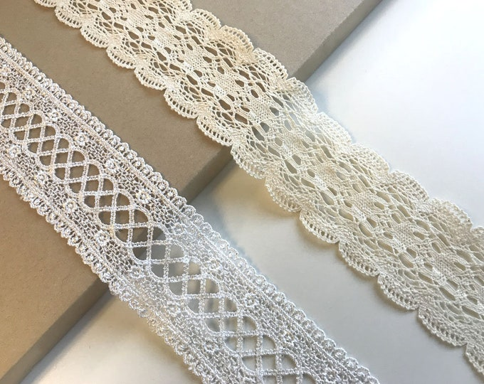 Natural, Off white 2 Various Width and Shape Lace Trim