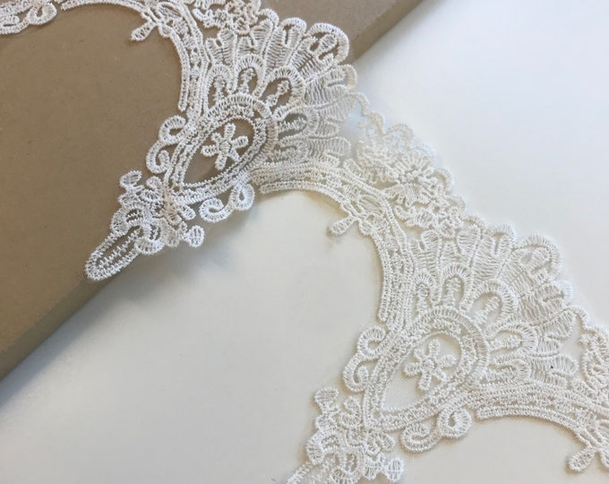 "Scallop embroidered off white color 6 3/4"" cotton lace poly mesh trim(LT3)"