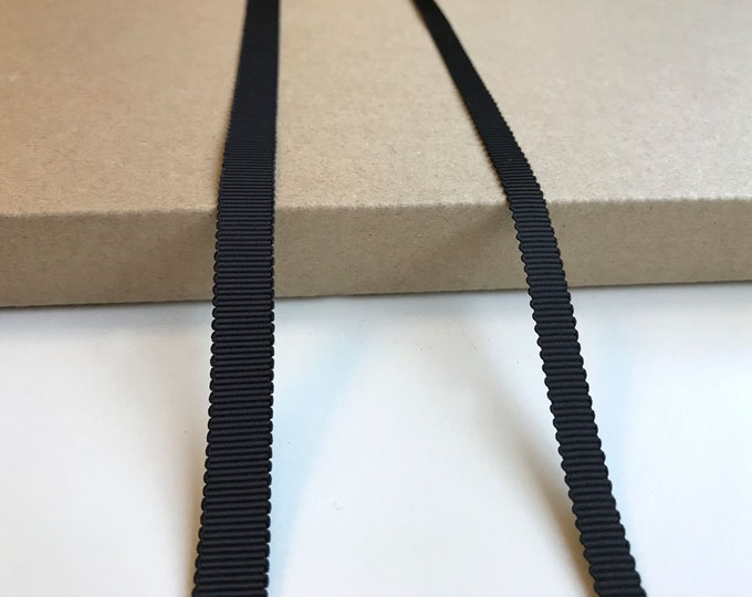 """Black 1/4, 3/8"""" poly gross grain tape with edge scallop"""