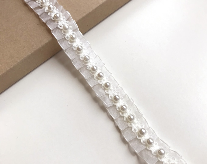 "Off White Pearl Beaded Lace 1"" Trim (LT11)"