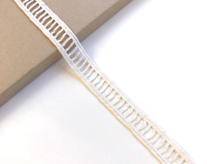 """Natural Cotton Lace Trim 1"""" ladder shape (LT14)"""