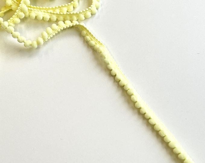 Light Yellow Small POM POM trim(FT10)