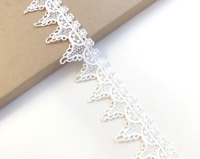 """Off White cotton edge lace trim 1 1/2"""" (LT2)"""