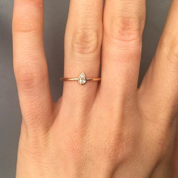Złoto I Diament W Kształcie Gruszki Pierścionek Zaręczynowy Pierścionek Z Brylantem Diamentowy Pierścionek Zaręczynowy Diamond Engagement