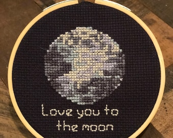 "Love you to the Moon - 4"" Hoop"