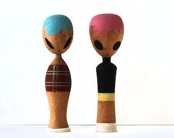 kokeshi doll vintage a couple of sophisticated ladies 8cms/3,15 inches