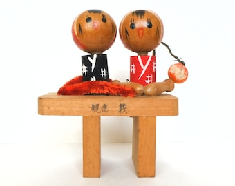 kokeshi doll vintage busy girls 9cms / 3,5 inches