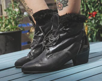 Black Leather Lace Up Vintage Boots