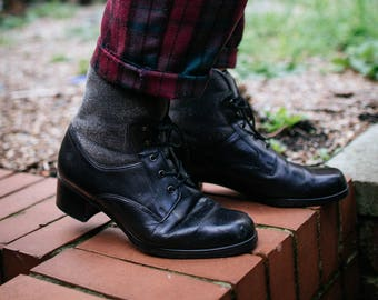 Black Leather Lace Up Vintage Boots Fleece