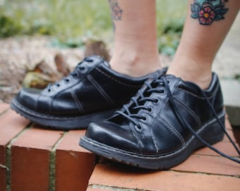 Black Leather Lace Up Dr Marten Shoes