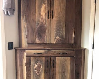 Handcrafted / BLACK WALNUT Corner Cabinet