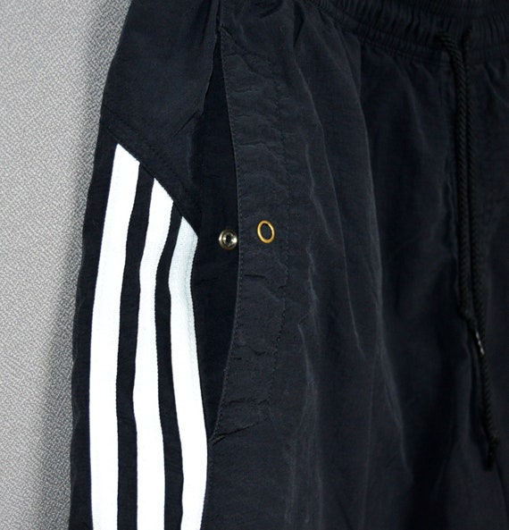 90er Jahre ADIDAS Fußball Shorts tragen Sporthose Freizeithose schwarz weiß mittlerer Größe