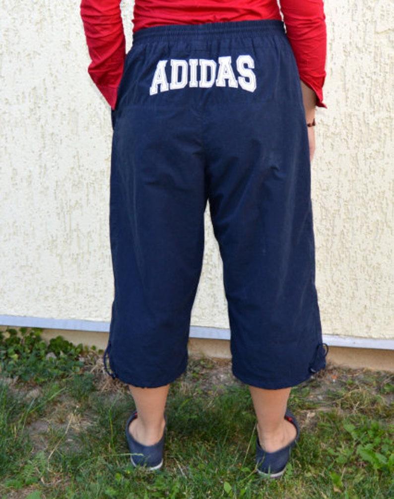 5174f6ff625b88 Vintage Adidas Hose Hosen Caprihosen unterhalb der Knie dunkel