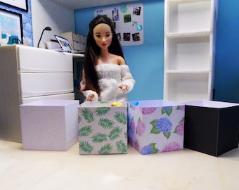 Barbie Miniatur Box Ordnung Regal 1/6 für Mode Puppen Bürozubehör miniature box shelf 1/6 for fashion dolls Doll Stuff