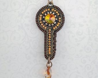 Crystallized Key Pendant-Gold