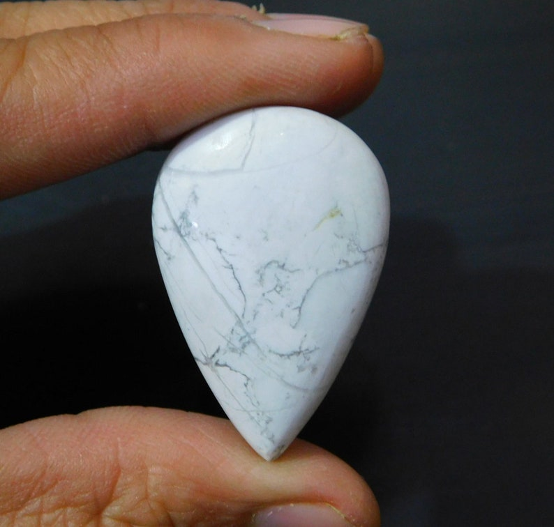 Natural Howlite Smooth Pear Shape Cabochon Stone 23x35x6mm 1 Piece 38.10 Ct H.L. 01