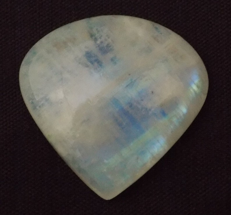 W.R.M. 02 28.80 Ct Natural White Rainbow Moonstone Smooth Heart Cabochon Stone 25x25x7mm 1 Piece