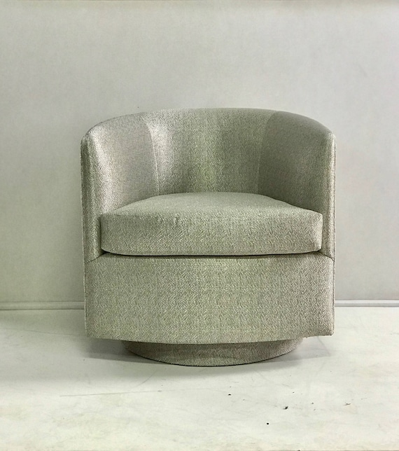 Magnificent Silver Grey Fabric U Shaped Swivel Club Chair Theyellowbook Wood Chair Design Ideas Theyellowbookinfo