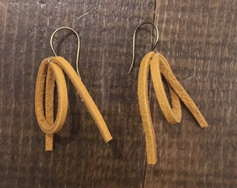 River Eddy Yellow Leather Earrings - small