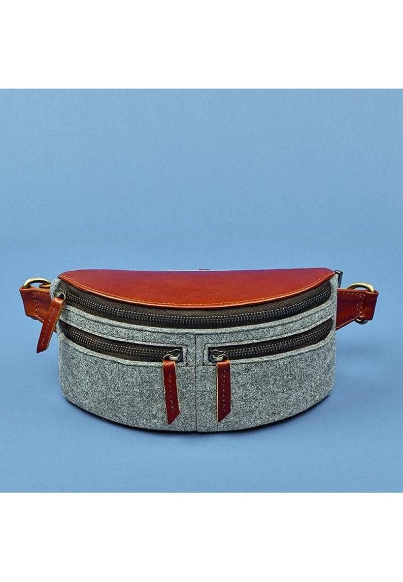 Summer bag Wool felt bag Wool felted bag Felt purse Wool bag Zipper bag Casual bag Bags and purses Gift bags Bum bag