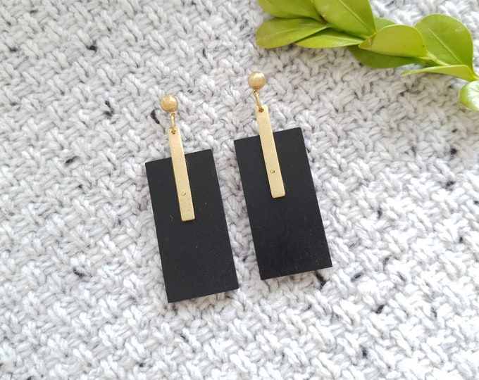Rectangle Drop Earrings, Earrings made with Wood and Rectangle Brass Stick, Plain Color Earrings With Brass, Modern Handmade Dangle Earrings