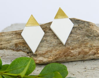 Diamond Stud Earrings, Earrings made with Wood and Brass Triangle, Plain Color Earrings With Brass, Modern Handmade Stud Earrings.