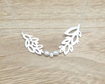 WALD COLLECTION - Silver Leaves and Pearls Necklace - Nature Inspired - Handmade Necklace - Sterling Silver