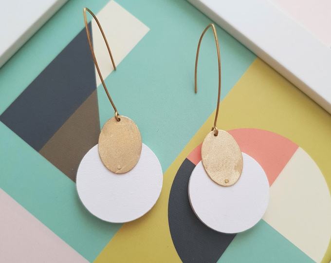 Circle Drop Earrings, Earrings made with Wood and Brass Oval, Plain Color Earrings With Brass, Modern Handmade Dangle Earrings.