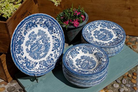 1982 ~ English Vintage EARTHWARE Dinner Service ~ MYOTT Royal Staffordshire in Tonquin Motif ~ Blue Ironstone~ Transferware ~ 25 pieces