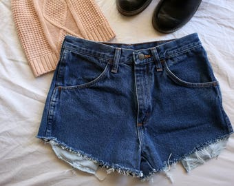 Pocket Peak Cut Off Shorts
