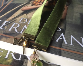 Velvet Bookmarks Booklover Page marker Gift Book Club Fantasy Readers Moss Green
