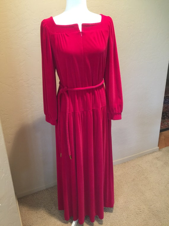 Velvet vintage  hostess gown/robe